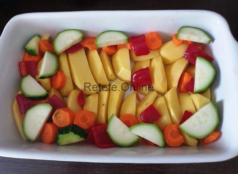 Zucchini cu peste la cuptor