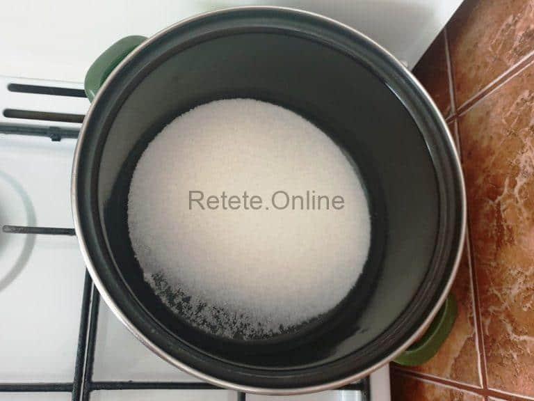 Prepara caramelul