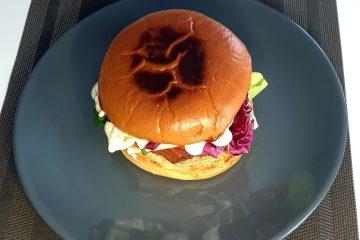Sandwich cu piept de curcan