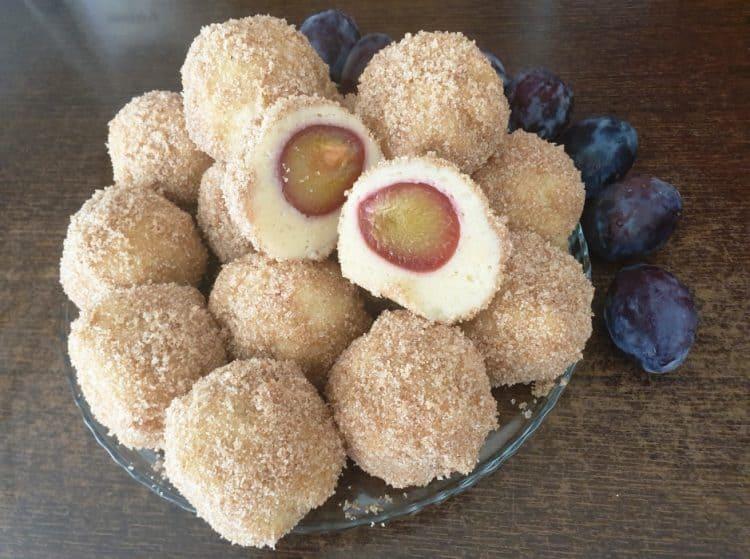 Gomboti cu prune (galuste cu prune)